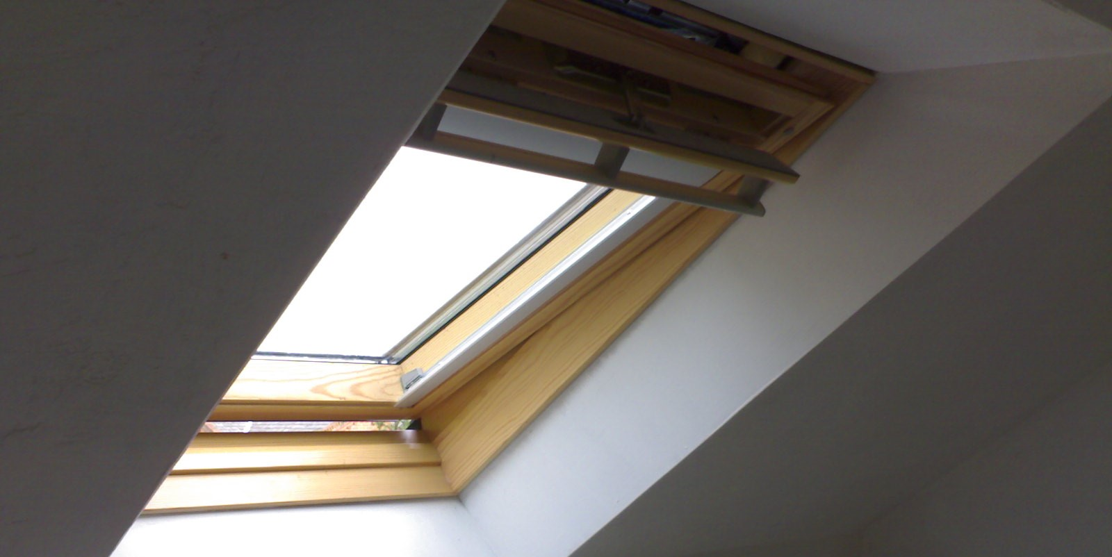 How To Order Velux Blinds In London Blog Londonblinds4u